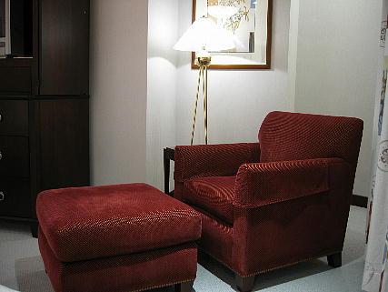 05_09_sofa2.jpg